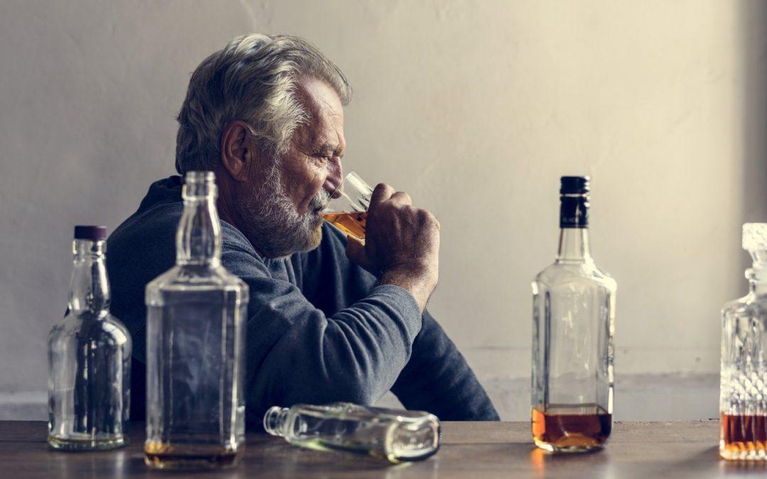 Delirium alkoholowe – czy ten stan zagraża życiu osoby uzależnionej od alkoholu?